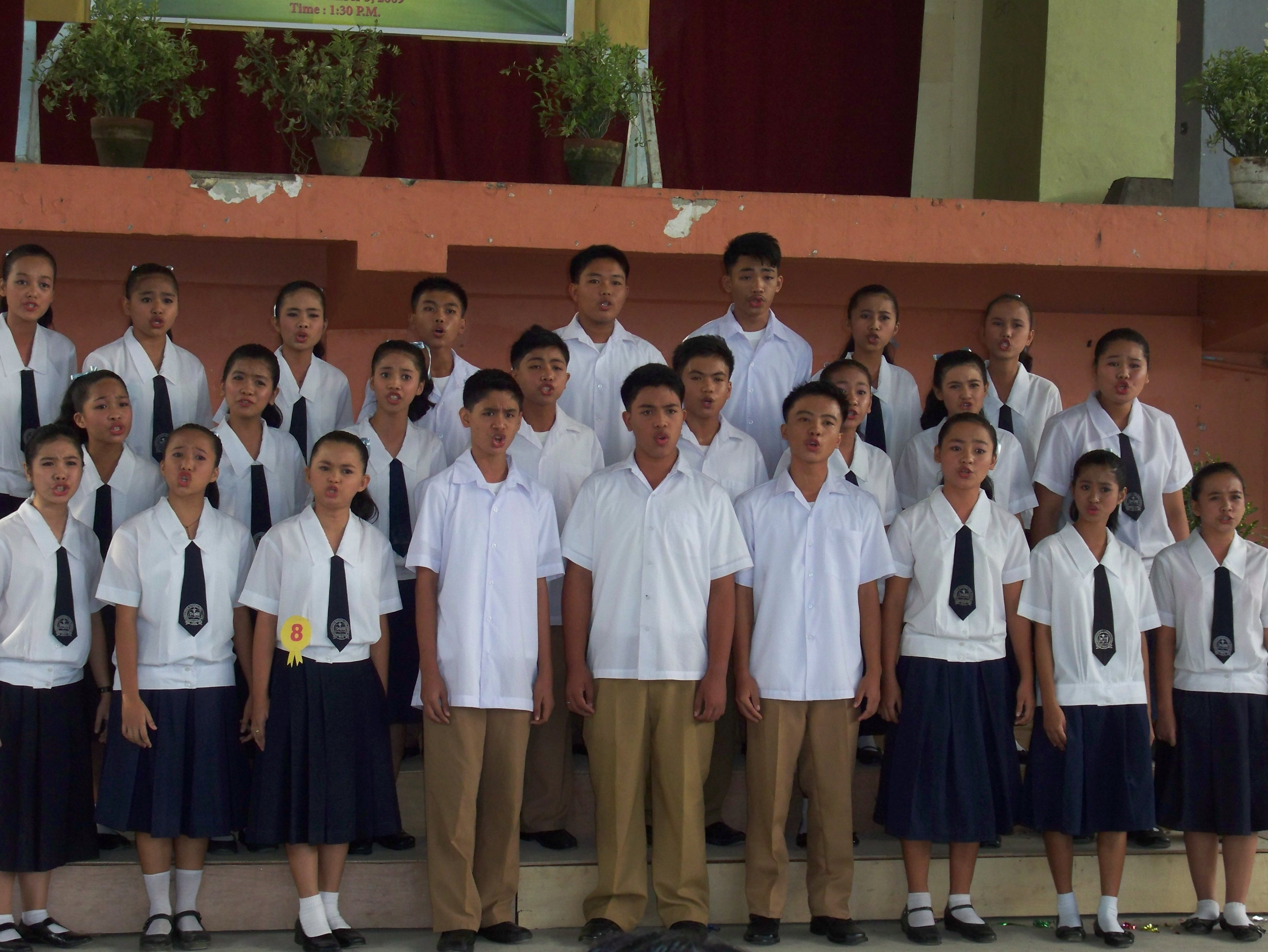 the choir speech over or choir choir dcae the choral